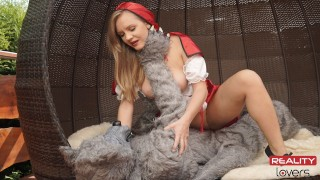 Red Riding Hood Lucette Nice