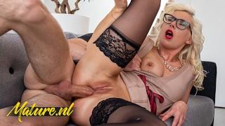 Kinky Blonde Mom Loves Getting Treated & Fucked Hard Like a Slut