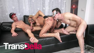 TRANSBELLA - HAYCKA MONTOANELLY BRAZILIAN SHEMALE FUCKED IN HER AMAZING ASS BY TWO GUYS