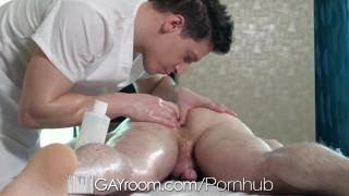 GayRoom Hunks Enjoy Massage Happy Endings