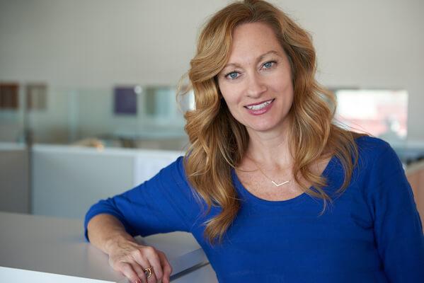 Jennifer Dornbush Headshot
