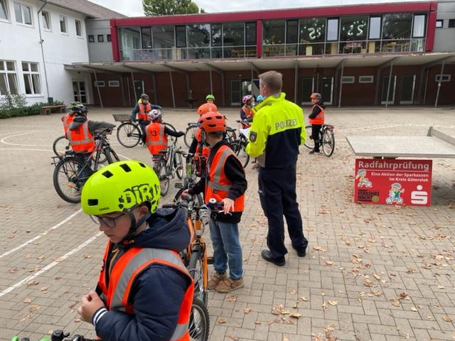 Radfahrprüfung Eichendorffschule 21.09.2021 (4)