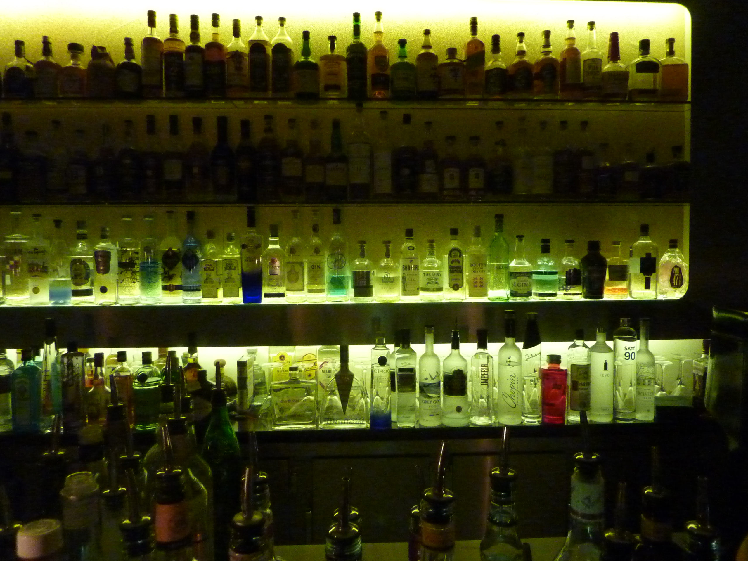 Gehighlighted: Gin