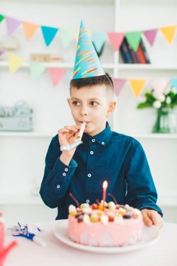 كلمات في عيد ميلاد ابني البكر بوستات ورسائل تهنئة في عيد ميلاد ابني البكر
