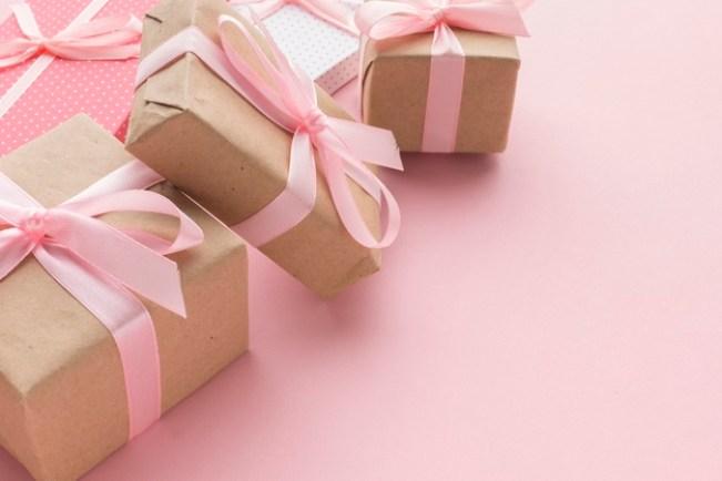 هدايا مناسبة في عيد ميلاد صديقتي كيف تصنع هدية لصديقتي في عيد ميلادها