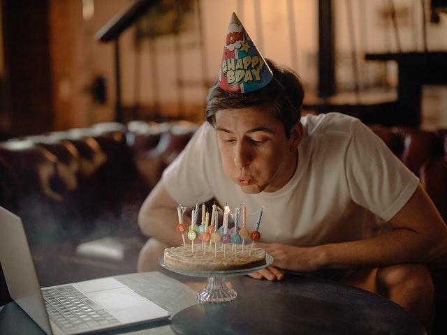 كلام حزين عن عيد ميلادي
