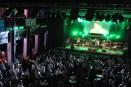 """Schon um 18 Uhr, als das Rock'n'Roll-Band """"Bobbin Baboons"""" ein wahres Feuerwerk auf der Bühne abbrannte, drängten sich bereits über tausend Fans in der Großdiskothek. (Foto:Reiner Züll)"""