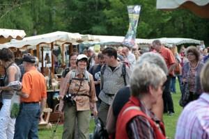 Zahlreiche Aussteller werden wieder in Bad Münstereifel und wie hier in Nettersheim erwartet. Bild: Michael Thalken/Eifeler Presse Agentur/epa
