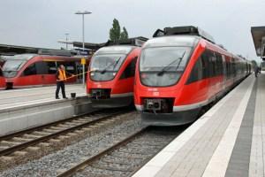 Talent-Züge älterer Bauart im Bahnhof Euskirchen. Bild: Silvia Vanselow/ Kreismedienzentrum