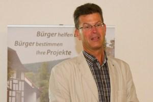Bürgermeister Alexander Büttner betonte die hohe Bedeutsamkeit des bürgerschaftlichen Engagements. Bild: Tameer Gunnar Eden/Eifeler Presse Agentur/epa