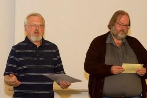 Bodo Kerstin, 2. Vorsitzender der Bürgerstiftung, und Projektleiter Ottfried Matthäi lobten die drei Projektvorschläge. Bild: Tameer Gunnar Eden/Eifeler Presse Agentur/epa