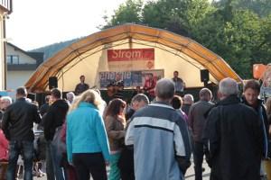 Beim Familienfest auf dem Hof der Energie Nordeifel ist jedes Jahr so einiges los. Bild: Michael Thalken/Eifeler Presse Agentur/epa