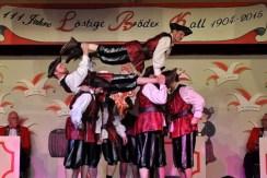 """Das Udenbrether Herrenballett """"Die Highlander vom Weißen Stein"""" begeisterten das Publikum in Kall. (Foto: Reiner Züll)"""