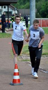 Beim Staffellauf musste der Feuerwehrnachwuchs seine Schnelligkeit unter Beweis stellen. Foto: Reiner Züll
