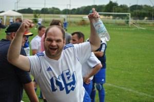Freude herrschte am Spielfeldrand über den zweiten Platz, den die NEW-Mannschaft in der Freundschaftsrunde errang. Bild: Rodger Ody