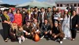 """Hatten fleißig vor ihrem Auftritt in Kall trainiert. Die kurdische Folkloregruppe """"Heval"""" aus Euskirchen. Foto: Reiner Züll"""