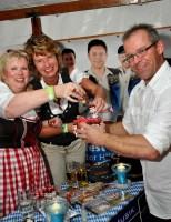 Die kleinen Fläaschchen mit Blutwurz aus dem Bayerischen Wald waren viel gefragt. Foto: Reiner Züll
