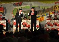 """Hatten die Aufgabe als """"Eisbrecher"""" zu bewältigen: Walter Lorenz und Wolfgang Raschke als Duo """"Strunz un Büggel"""". Foto: Reiner Züll"""