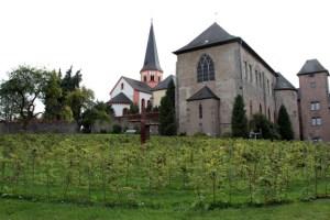In der weit über die Kreisgrenzen hinaus bekannten Klosteranlage in Steinfeld soll ein interkulturelles Fest stattfinden. Bild: Michael Thalken/Eifeler Presse Agentur/epa