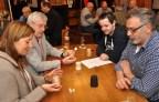 Bei der ersten Eifeler Schockermeisterschaft in Kall kämpften 40 Würfelartisten um Punkte und Pokale. Foto: Reiner Züll
