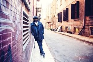 """Mit dem Jazzsänger Gregory Porter kommt ein Weltstar in den Kreis Düren: Am 9. September wird der Grammy-Gewinner in Nideggen auf der """"Bühne unter Sternen"""" erwartet. Bild: Shawn Peters"""