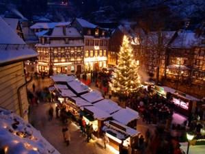Der Weihnachtsmarkt Monschau ist bekannt für seine Atmosphäre. Foto: Monschau Touristik