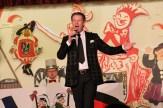 Der Tenor Norbert Conrads hat 20 Jahre lang als Opernsänger auf großen deutschen Bühnen gestanden. In Kall begeisterte er mit kölschen Liedern auf klassich. Foto: Reiner Züll