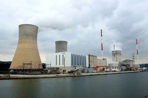 Der Atommeiler in Tihange hat durch zahlreiche Pannen traurige Berühmtheit erlangt. Foto: Wilfried Gierden