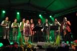 Vele Gäste gratulierten den Schmalzlern zum Bühnenjubiläum. Foto: Reiner Züll