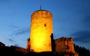 Die Burg Reifferscheid soll zur Kunst- und Kulturmeile werden. Foto: Marita Rauchberger