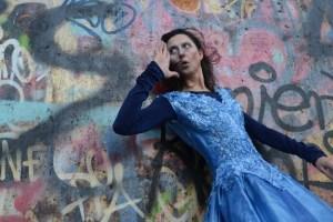 Caroline Keufen, lädt zu einer literarisch-musikalischen Performance in die Kläranlage ein. Bild: Veranstalter