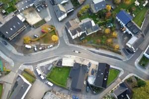 In der Ortsdurchfahrt Schmidtheim herrscht ab sofort wieder freie Fahrt. Bild: Gemeinde Dahlem