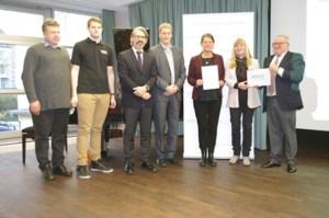 """Das St. Michael-Gymnasium gehört zu den wenigen Schulen in NRW, die bereits zum dritten Mal in Folge als """"MINT-freundliche Schule"""" ausgezeichnet wurden. Foto: privat"""