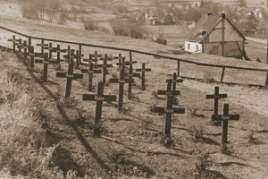 Massengrab von russischen Kriegsgefangenen auf dem Judenfriedhof in Blumenthal. Bild: Dr. Rathschlag, Schleiden