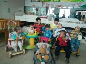 """Kinder im Home of Charity in der chinesischen Provinz Shanxi. Foto: Verein """"Kindern Leben geben"""""""