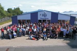 Das Team der Nordeifelwerkstätten Standort Zingsheim freut sich auf zahlreiche Gäste zum Tag der Offenen Tür. Foto: NEW