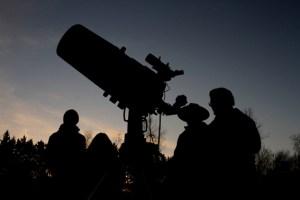 """Über 100 Veranstaltungen im Rahmen des neuen Veranstaltungsformats """"Nachtlichter Nordeifel"""" bietet die NeT an. Bild: Medienzentrum Kreis Euskirchen"""