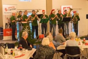 Besinnlich ging es zu beim Tag des Ehrenamts, der vom Caritasverband Eifel für alle Ehrenamtlichen ausgerichtet wurde. Bild: Arndt Krömer
