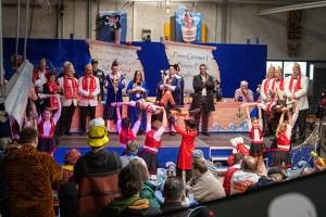 Der Karnevalsclub Kuchenheim sorgte mit seiner Kindertanzgruppe für Begeisterung. Bild: Tameer Gunnar Eden/Eifeler Presse Agentur/epa