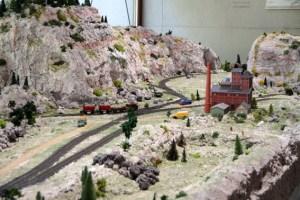 Im Maßstab 1:100 wurde das ehemalige Bergwerksgelände Mechernich nachgebaut. Bild: Michael Thalken/Eifeler Presse Agentur/epa