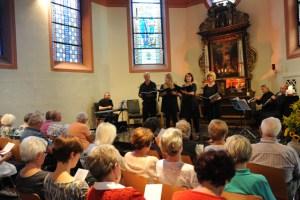 Die schönsten Marienlieder möchten Sängerinnen und Sänger aus der Gemeinde Nettersheim vorstellen. Bild: Gemeinde Nettersheim