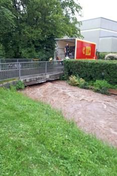 Kritische Punkte wie hier am Kallbach behalten die Einsatzkräfte im Blick. Foto: Harald Heinen/Gemeinde Kall