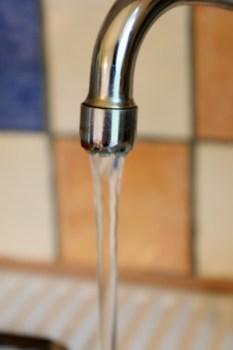 Der Kreis Euskirchen rät dringend dazu, das Leitungswasser vor Gebrauch abzukochen. Bild: Michael Thalken/Eifeler Presse