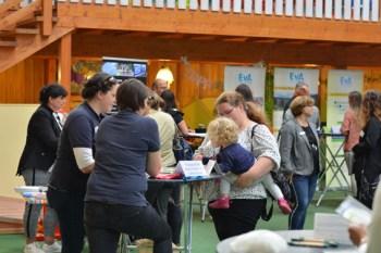 """Unter dem Motto """"Wer wird Mamas Chef*in?"""" findet am 17. September wieder ein Job-Speed-Dating in Kall statt. Foto: Region Aachen Zweckverband"""