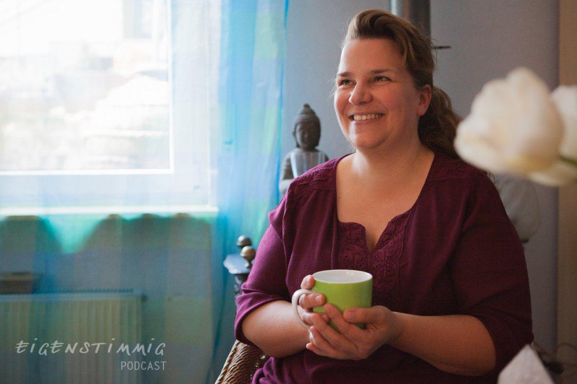 Folge 3.8 Sandra Pfisterer: Strahlende Fürsorge
