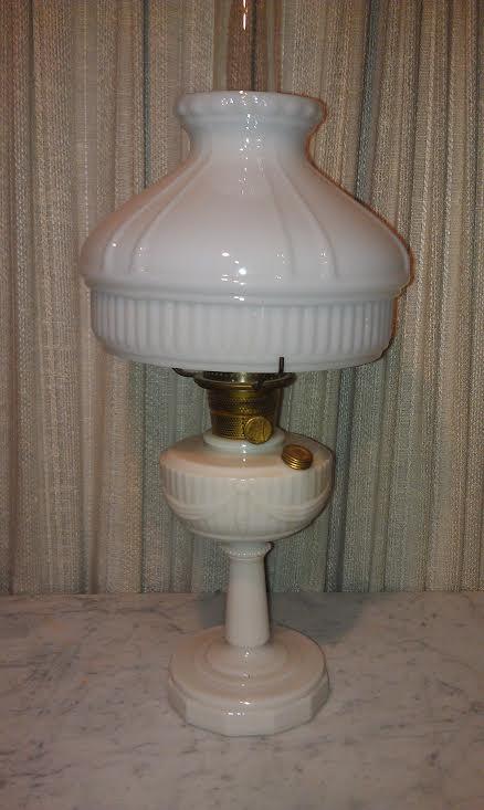 Aladdin Kerosene LampLincoln Drape