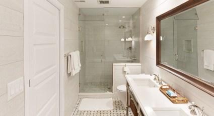 Hillhouse-Lexington-Rosalie-Bath