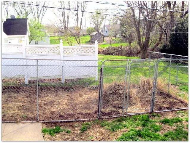 DIY Garden Inspiration:  Recycled Dog Kennel