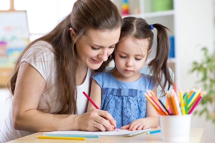 छोटे बच्चों को लिखना कैसे सिखाएं ?