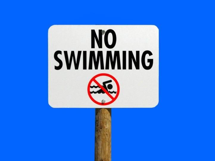 『してはいけない』英語でなんて言えばいいですか?- 遊泳禁止、泳いではいけない、must not swim、no swimming - 函館英会話教室EigoLa